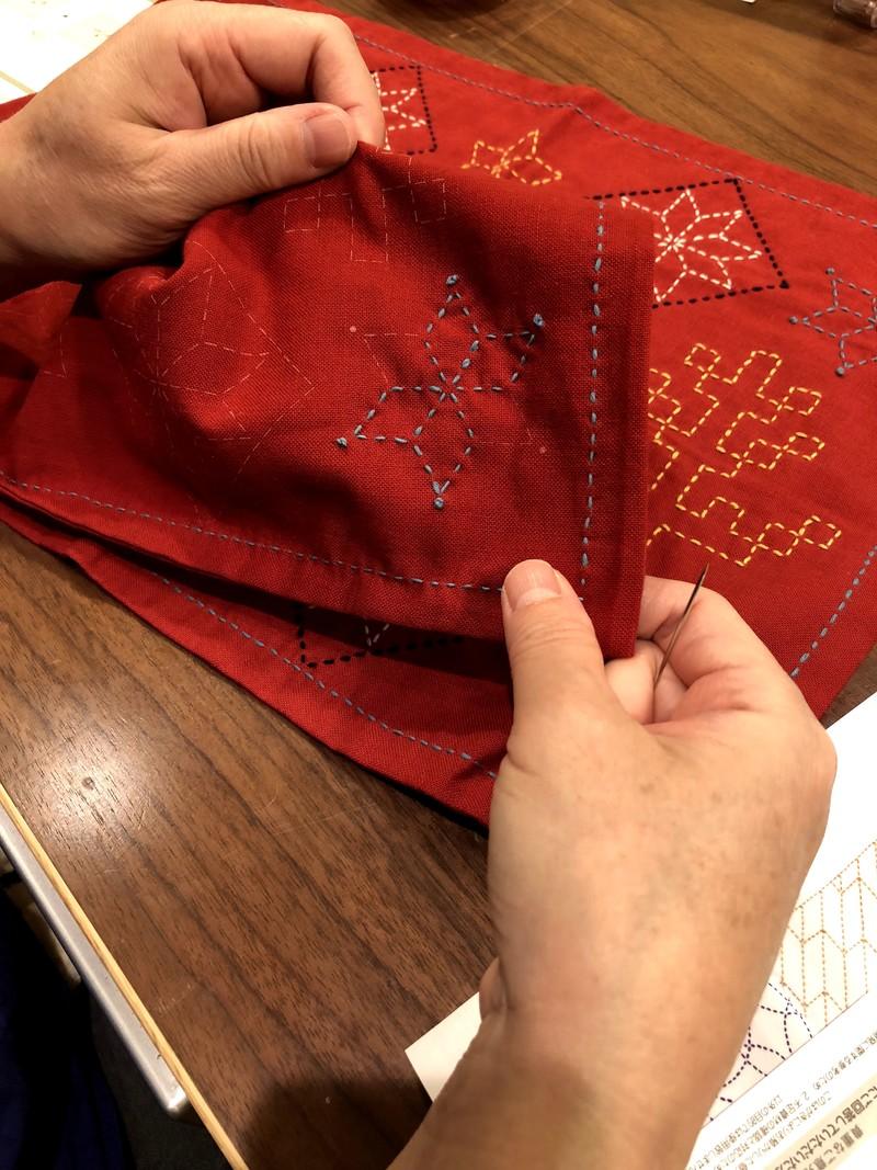 【コトラボ阿佐ヶ谷】伝統の刺し子~テーブルを彩る、北欧モチーフのランチョンマット(花ふきん)~教室レポート