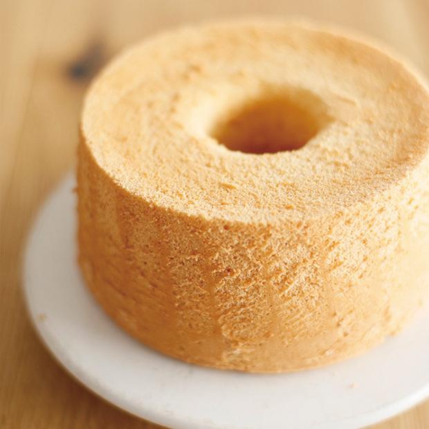 シフォンケーキ作りに便利な道具たち【その2】シフォンケーキ型