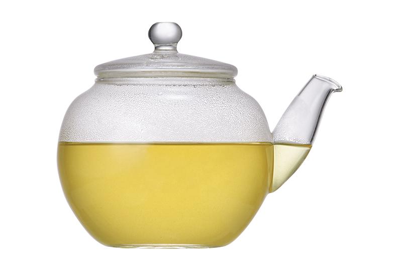 緑茶とコーヒーを混ぜるだけ! 飲むだけでやせる夢のドリンクの作り方とは?