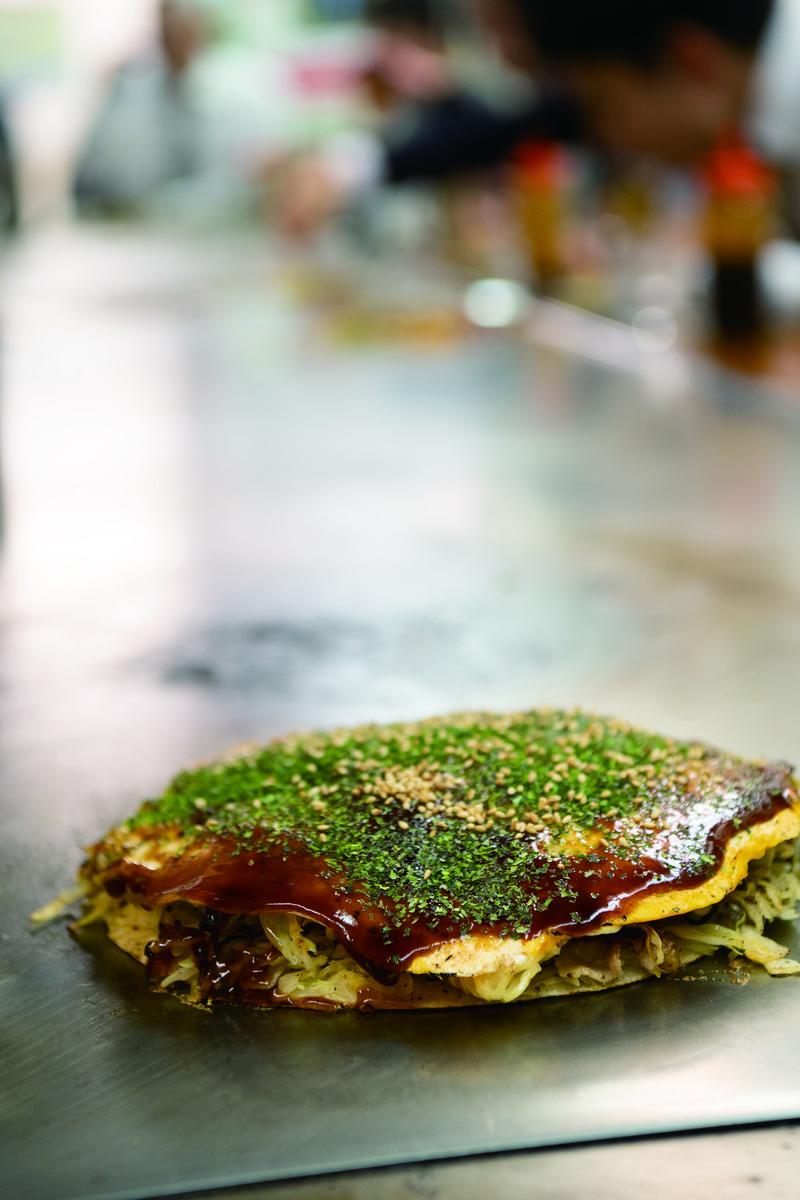 広島お好み焼きの人気店「カープ 東京支店」は、サイドメニューも美味!