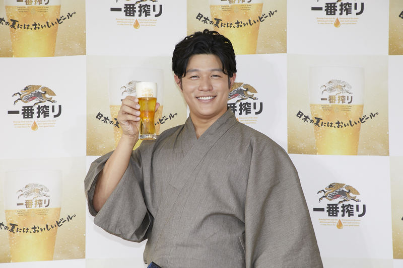 鈴木亮平さんが浴衣姿でビアサーブ!「キリン一番搾り おいしい体験会」が開催されました