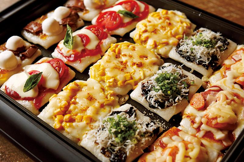 甘いのもしょっぱいのも!切り餅で5種のピザ【ぺこ男レシピ大公開vol.5】