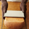 パンも焼き菓子も理想的な仕上がりに!オレペオリジナルのパウンド型ができました