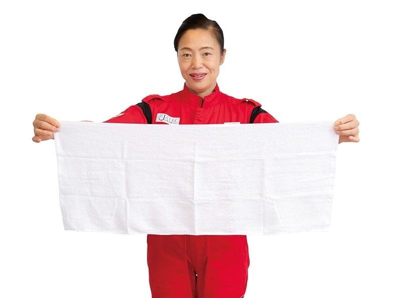 羽田空港のプロ清掃人が教える! 二度拭き不要の魔法のタオル