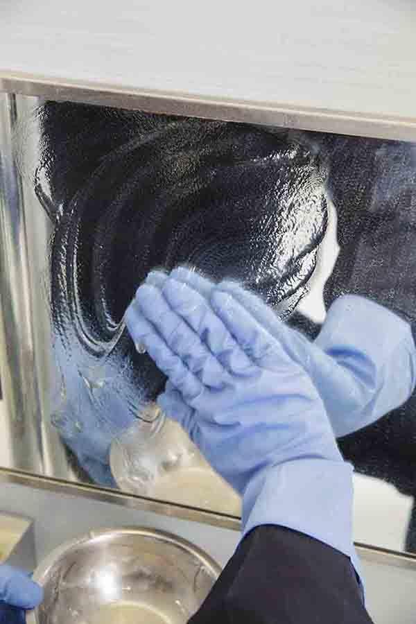 【頑固な水あかに】まさかの片栗粉で長時間密着! 手作り〈クエン酸ジェル〉がすごい。