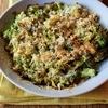 香ばしさがたまらない『ブロッコリーの粉チーズパン粉焼き』のレシピ