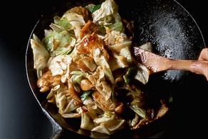 豚肉とキャベツのみそ炒め