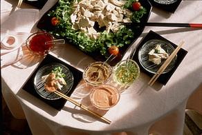 蒸し鶏の4色ソース