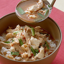 鶏の韓国風スープ丼