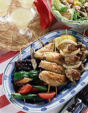 鶏肉と夏野菜の串焼き
