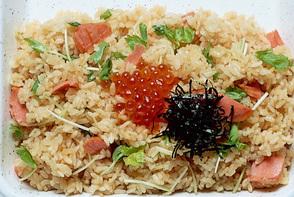 三つ葉風味の鮭親子ご飯