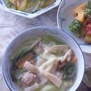 青梗菜入りワンタンスープ