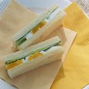 ゆで卵ときゅうりのサンドイッチ
