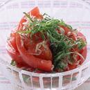 トマトとじゃことしそ入りサラダ