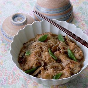 春雨の鶏スープ煮