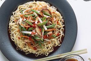 五目野菜炒め冷やし中華