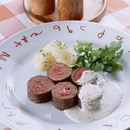 牛薄切り肉のロールステーキ