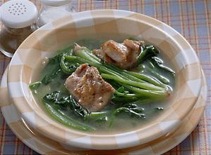 ほうれん草と鶏肉のスープ煮