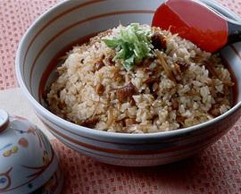 鶏肉とごぼうの混ぜご飯