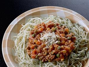 簡単トマトソーススパゲティ