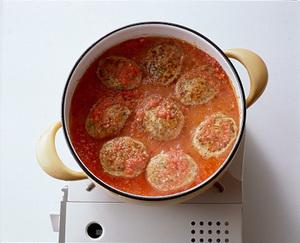 チキンハンバーグのトマト煮