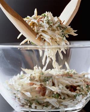 カリカリベーコンのごぼうサラダ