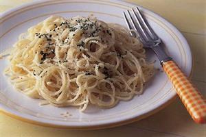 チーズクリームのスパゲティ