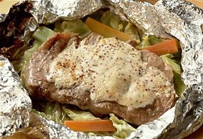 キャベツのホイル焼きステーキ