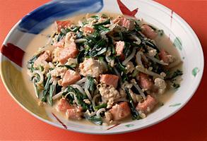 鮭と豆腐の炒めもの