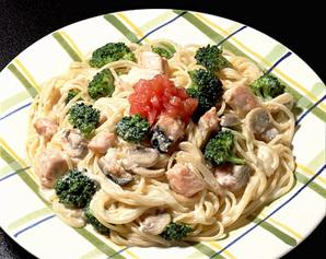 鮭とブロッコリーのクリームスパゲティ