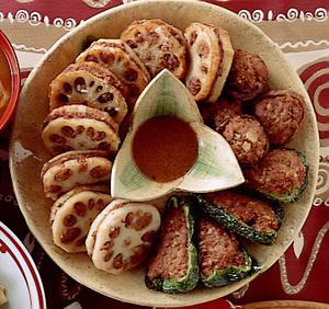 三色野菜の肉詰め揚げ