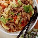 キャベツと牛肉のトマト煮