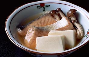 生鮭ときのこの煮もの