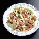 カリカリ豚肉ときぬさやの炒め煮