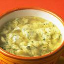 チーズ風味のふんわりスープ