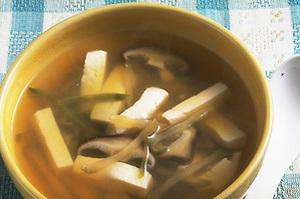 豆腐とザーサイの中国風スープ