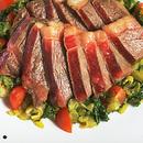 ビーフステーキ野菜ソース