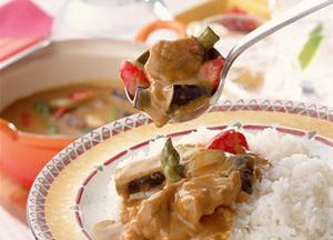 揚げ豚と野菜のカレー