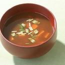 豆腐と三つ葉の赤だし