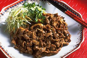 牛肉の炒めものごま風味