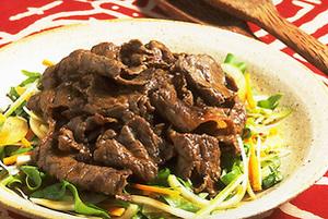 中国風焼き肉サラダ