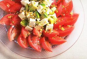トマトと豆腐の中国風サラダ