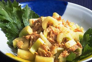 セロリとツナのサラダ