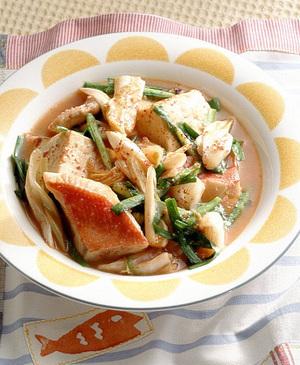 きんめ鯛とにらのキムチ煮
