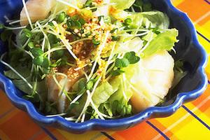 帆立てとレタスのピリ辛サラダ