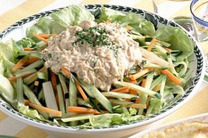 ツナソースかけグリーンサラダ