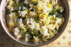 野沢菜と卵の混ぜご飯