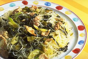 豚肉と高菜の焼きビーフン