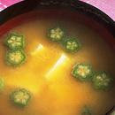 豆腐とオクラのみそ汁