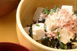 豆腐とほうれん草のサラダ